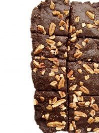 3-ingredient Raw Pecan Brownies