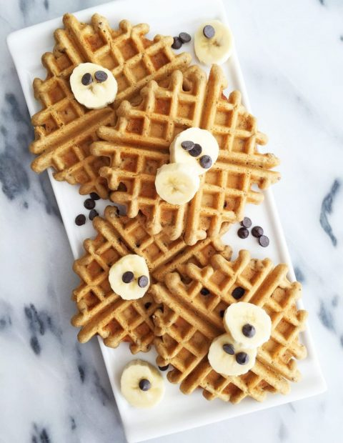 Chocolate Chip Flaxseed Waffles (grain-free & refined sugar-free)