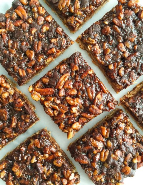 Dark Chocolate Pecan Pie Bars (vegan & gluten-free)