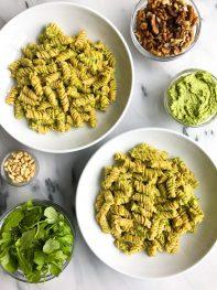 Creamy Avocado Arugula Pesto Pasta (vegan & gluten-free)