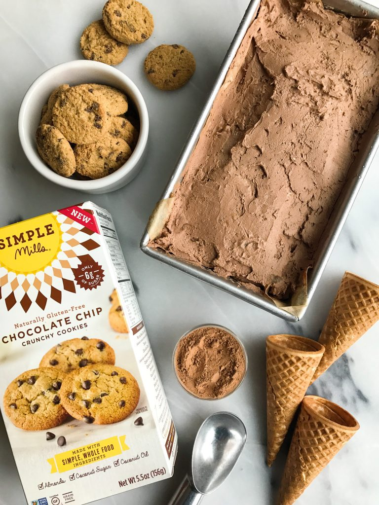"Blended Crunchy Chocolate Cookie ""Freeze"" Ice Cream (vegan)"