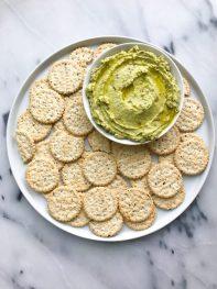 Creamy 5-minute Avocado Hummus (gluten-free)