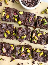 Dark Chocolate Pistachio Protein Fudge Bites (vegan + gluten-free)