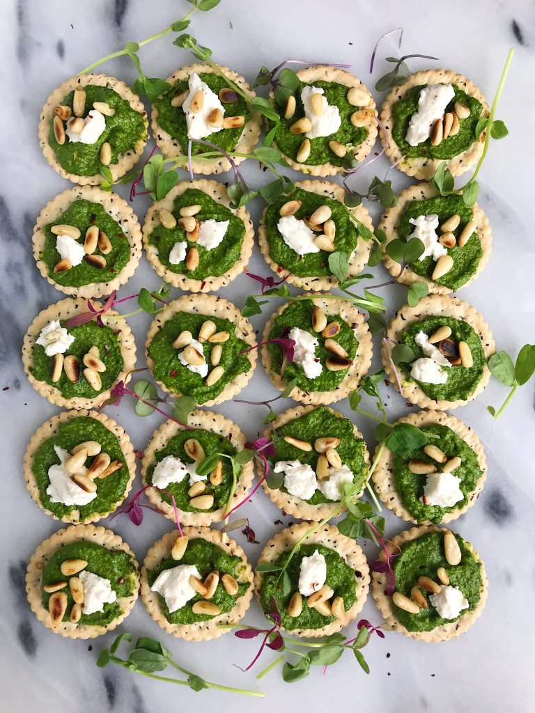 Easy Cashew Pesto Pizza Crackers made just a few ingredients for a gluten-free and delicious appetizer!