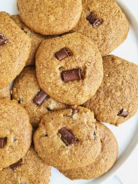 6-ingredient Classic Chocolate Chip Cookies (gluten free-friendly)