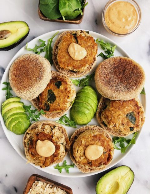 Healthy Homemade Salmon Burgers (paleo + egg-free)
