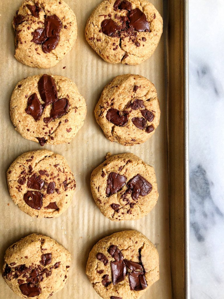 One-Bowl Vegan Chocolate Chunk Cookies made with sprouted spelt flour and with no added sugar! The easiest and healthiest chocolate chip cookies to bake to satisfy those cookie cravings!