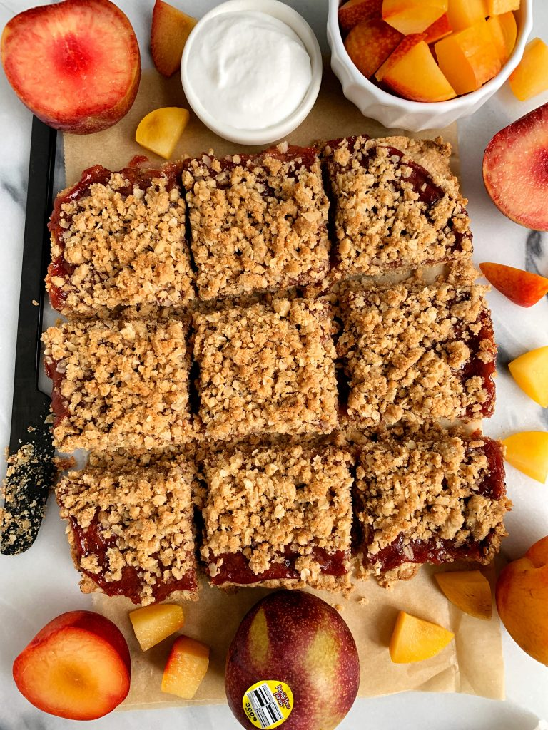 Healthy Fruit Crumble Bars with Oatmeal Crumb Topping made with all vegan and gluten-free ingredients for an delicious summer fruit dessert!