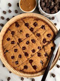 Paleo Salted Caramel Chocolate Chip Cookie Bars
