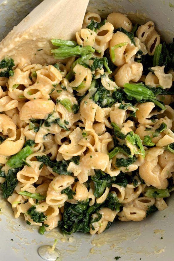 Healthy Broccoli Mac & Cheese (gluten-free)