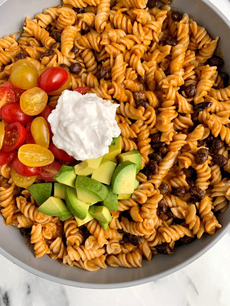 Healthy Vegetarian Enchilada Pasta made with 4 key ingredients for a quick and easy dinner for the family! Plus it is vegetarian, gluten-free, dairy free-friendly and ready in 10 minutes.