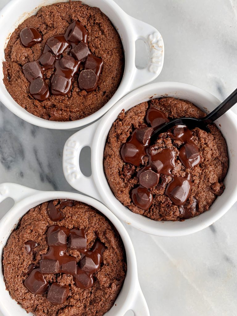 Extra Fudgey Mini Paleo Brownie Skillets made with all gluten-free and dairy-free ingredients. Only 6 key ingredients and these make the most delicious chocolatey healthy brownies.
