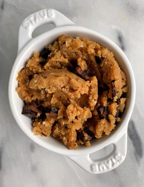 The BEST Edible Cookie Dough (paleo + vegan-friendly)