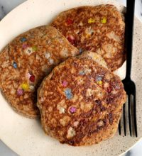 Fluffy Vegan Birthday Cake Pancakes (gluten-free)