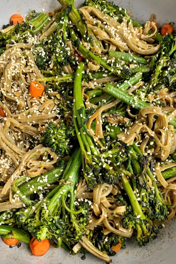 10-minute Sesame Stir Fry Noodles