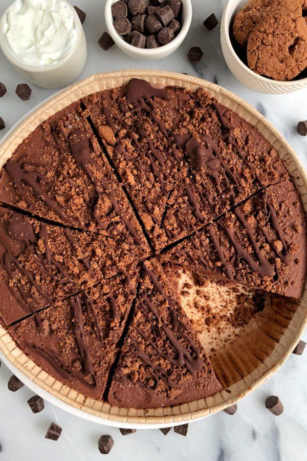 Delicious Paleo Chocolate Cream Pie (vegan)