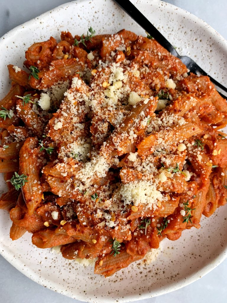 Delicious Vegan Pumpkin alla Vodka Sauce that just so happens to be the creamiest most delicious healthy vodka sauce recipe with a pumpkin twist. And this recipe is paleo, nut-free, vegan, gluten-free and flipping dreamy!