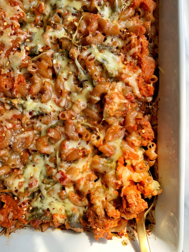This Gluten-free No-Boil Pumpkin and Spinach Baked Pasta is a dream meal. Takes little to no effort to prepare and all you need is a large baking dish to make it. Such an easy and healthy meal for the whole family.