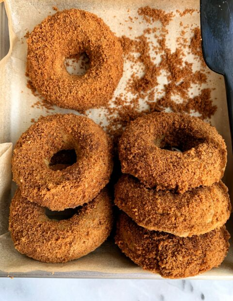The Best Vegan Cinnamon Sugar Pumpkin Donuts