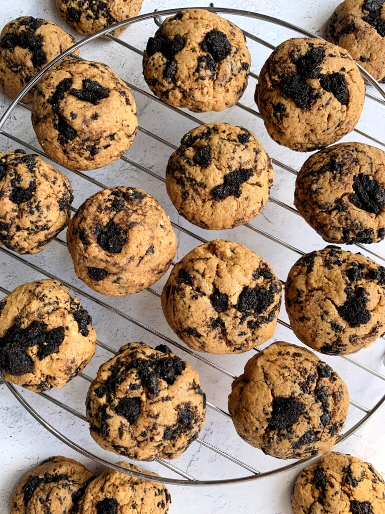 The BEST Gluten-free Cookies + Cream Cookies ever. These cookies are a personal favorite and a healthier twist on the classic cookies and cream combo in a dreamy soft-baked cookie.