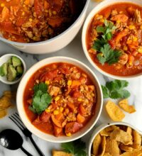 Healthy One Pot Buffalo Chicken Chili Soup