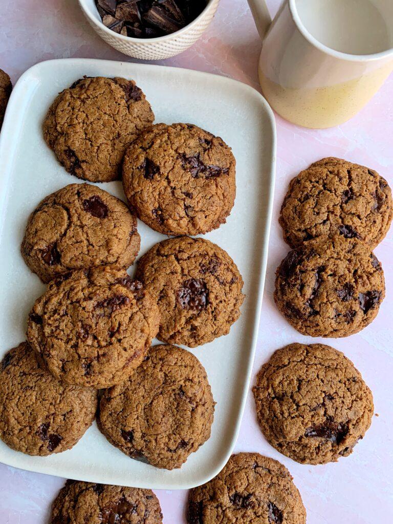 paleo vegan crunchy chocolate cookies