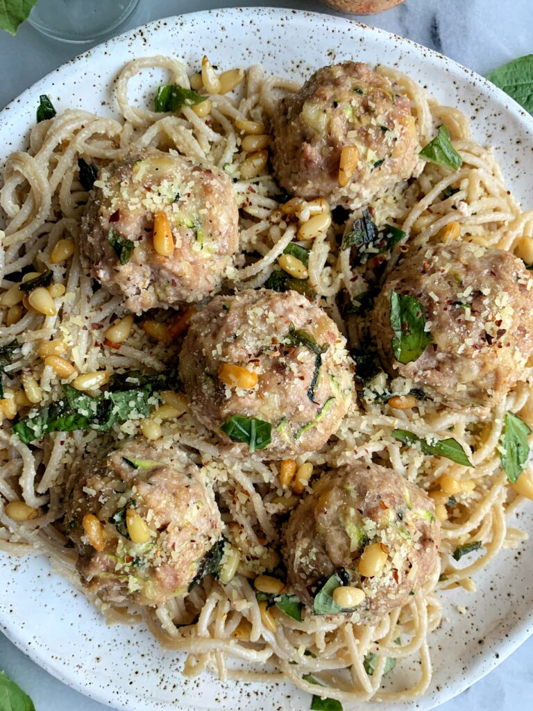 These Gluten-free Zucchini Chicken Meatballs are the easiest healthy meatballs to make. They pairperfectlywith your favorite pasta and sauce.