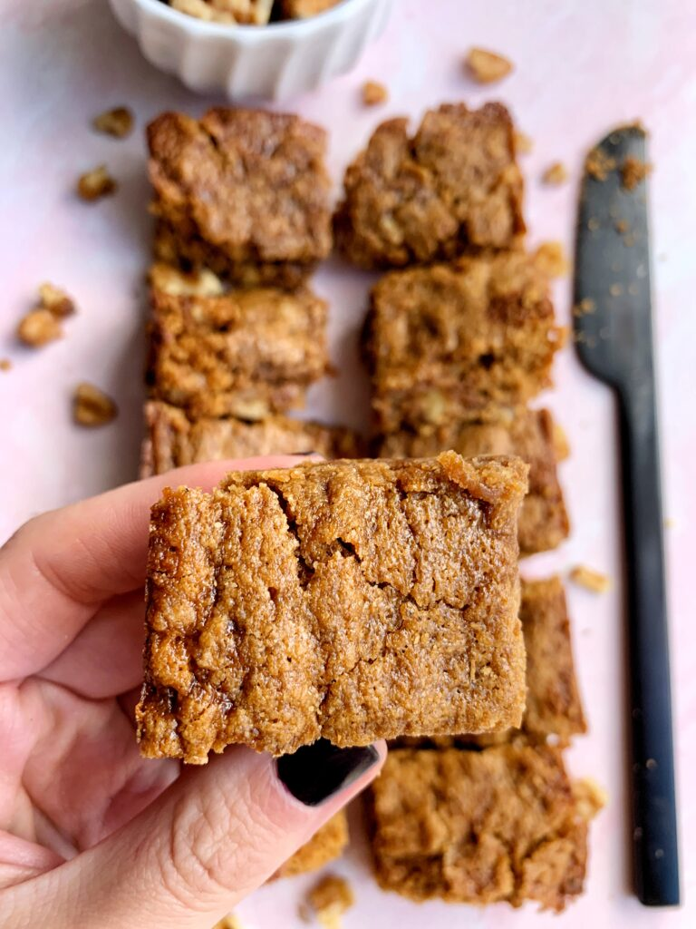 These gluten-free and vegan Salted Caramel Blondies are out of this world! Made with all healthier ingredients and mixed with a homemade caramel sauce inside.