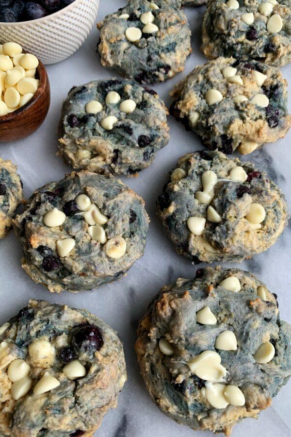 5-ingredient Blueberry Pancake Cookies!