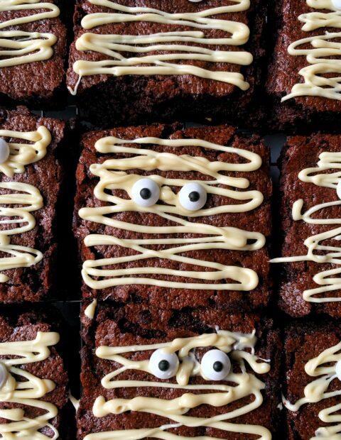 Delicious Halloween Mummy Brownies!